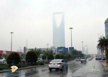 طقس الأحد.. أمطار رعدية وغبار يحجب الرؤية في 9 مناطق