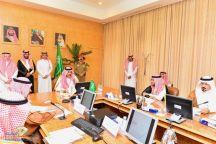 أمير منطقة حائل وبحضور سمو نائبه يترأس اجتماع مجلس المنطقة
