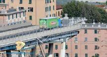 """سائق """" محظوظ """" ينجو من الموت بأعجوبة فوق جسر إيطاليا"""