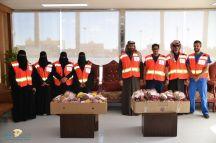 فريق التطوع الرجالي والنسائي بهلال أحمر حائل يزور المرضى بمستشفى الملك خالد