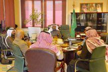مدير عام بريد حائل يترأس إجتماع اللجنة الأمنية لملاحقة مخالفي نقل الطرود والمكاتب الغير مرخصة .