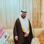 الشاب عبدالله بن عايض القحطاني يحتفل بزواجه