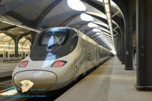 بدء التسجيل اليوم.. إطلاق برنامج تدريبي لتأهيل الشباب السعودي لقيادة القطارات والعمل بالخطوط الحديدية