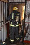 مدني حائل يخمد حريقا اندلع بملحق خارجي بمنزل سببه محاولة اكتشاف التسرب باستخدام الولاعة