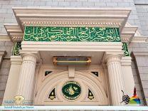تاريخ أبواب المسجد النبوي التي وصل عددها إلى 100 باب..