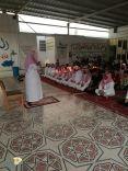 منسوبو ابتدائية الامام مسلم بحي الزبارة بحائل يؤدون صلاة الإستسقاء اليوم الخميس