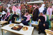 نائب أمير منطقة حائل يرعى مباراة الجبلين والطائي ويتفقد المدينة الرياضية بالمنطقة